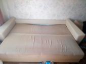 Поменять диван в много мебели